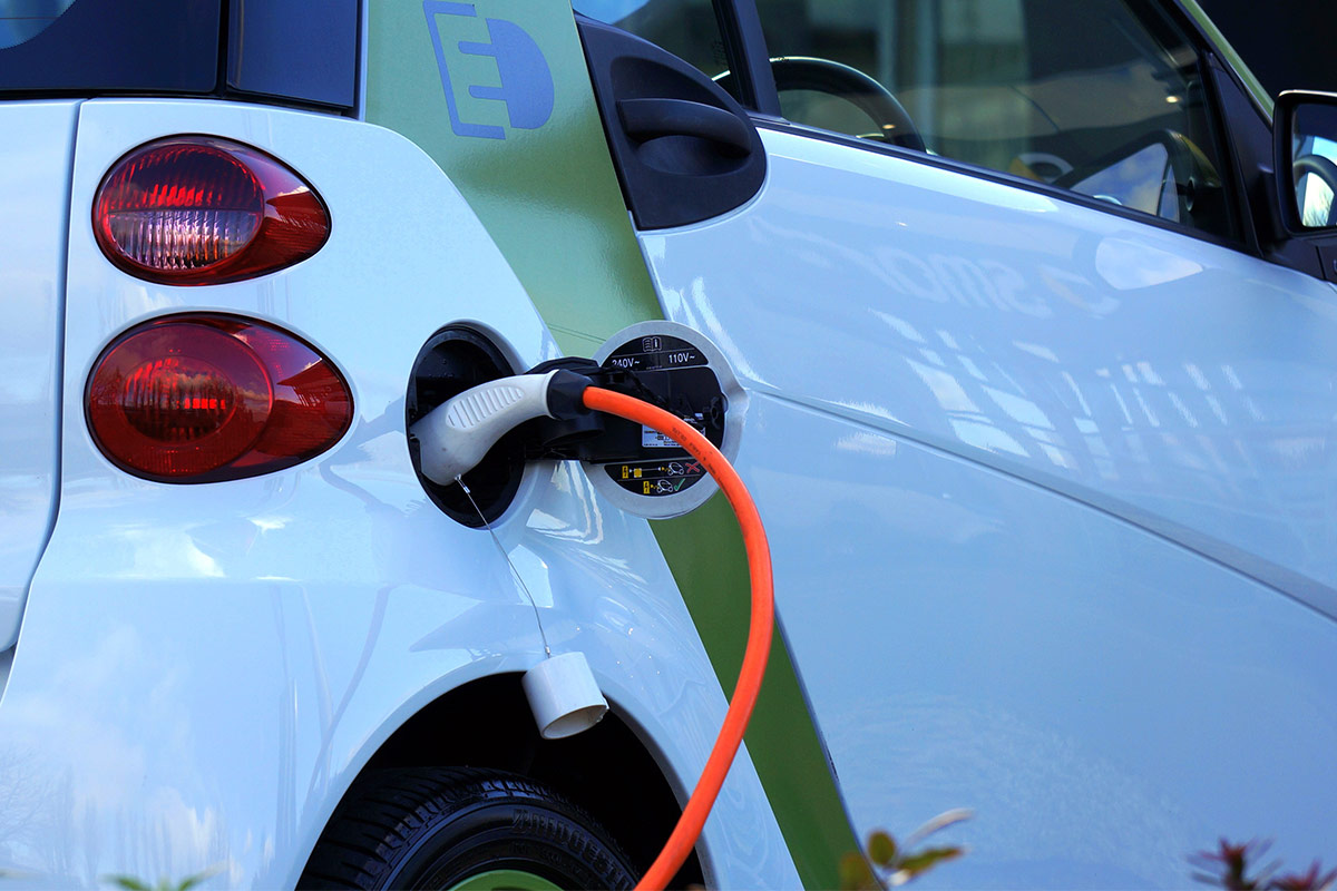 alternative fuel vehicles While new drilling technologies and oil reserves are taking the pressure off gasoline prices and peak production issues, demand for alternative fuel vehicles.
